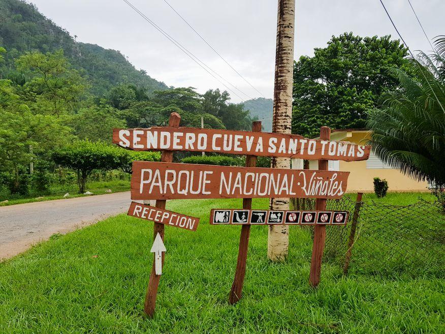 Sign to Santo Tomas Caves Vinales Cuba
