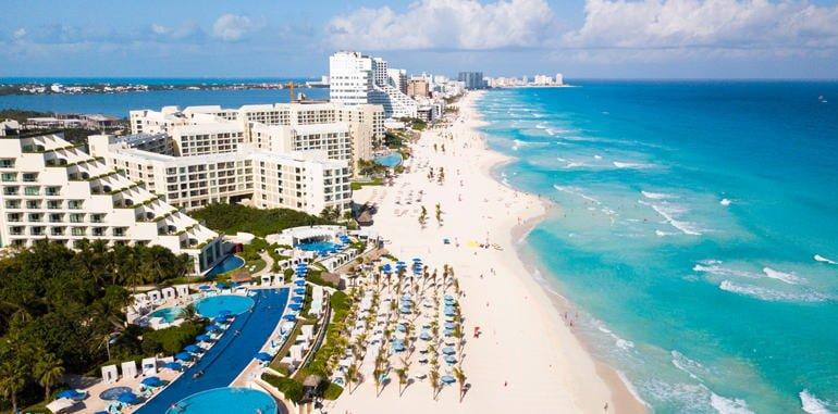 mexico-cancun-hotel-zone-beach-aerial-view
