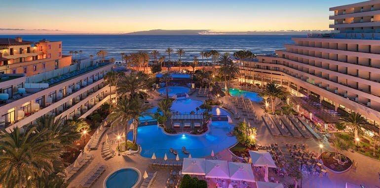 Resorts in Playa de Las Americas