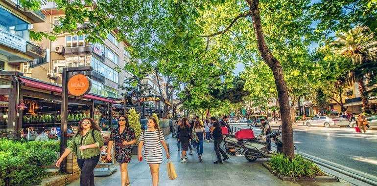 Shopping Streets in Istanbul
