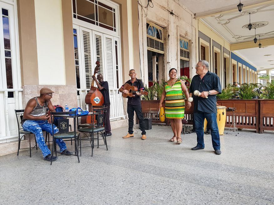 Band playing at Cafe Louvre Hotel Inglaterra Havana