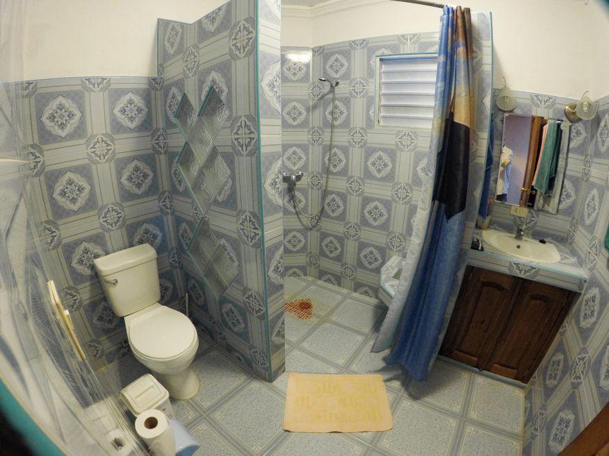 Very nice big bathroom at Casa Dussac Playa Larga Cuba