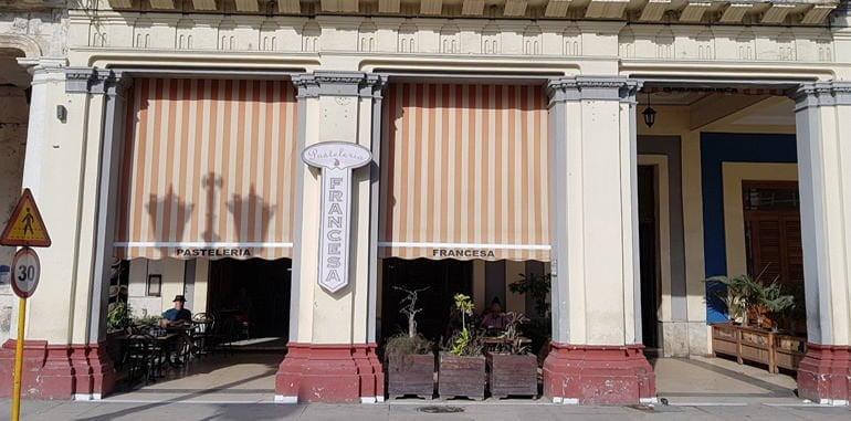 cuba-havana-dining-pasteleria-francesa-entrance