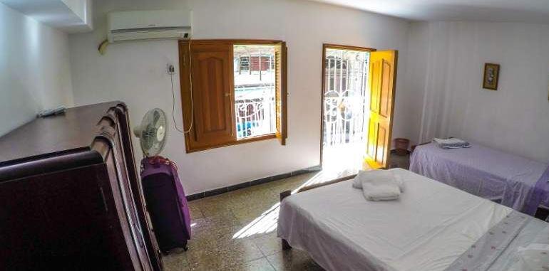 cuba-havana-lodging-casa-yovana-bedroom-view