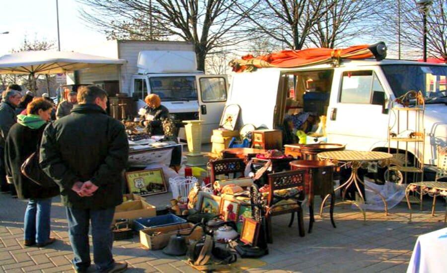 Sinigaglia Flea market