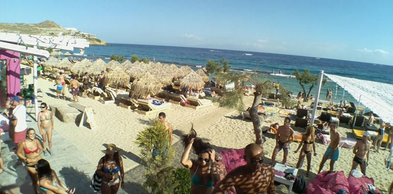 greece-mykonos-webcam-paradise-beach