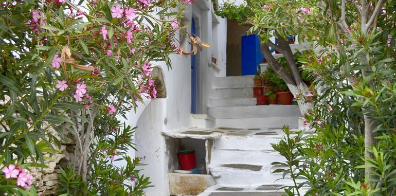 greek-islands-cyclades-tinos-house