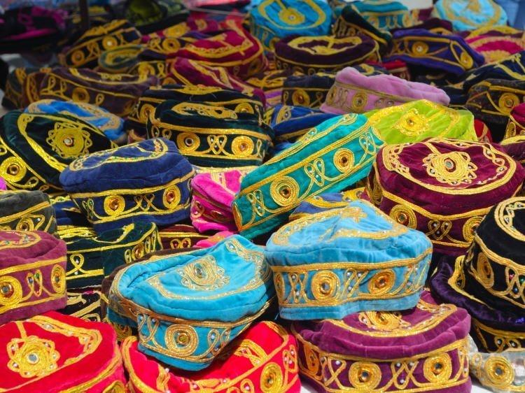 lanzarote-shopping-market-puerto del carmen-hats