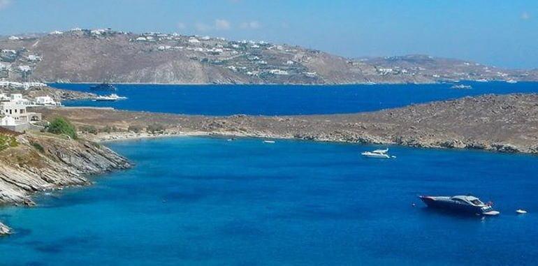 mykonos-beach-glyfadi