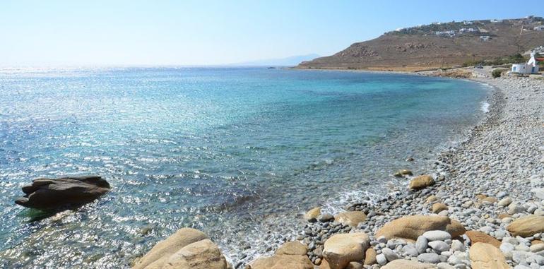 mykonos-beach-houlakia