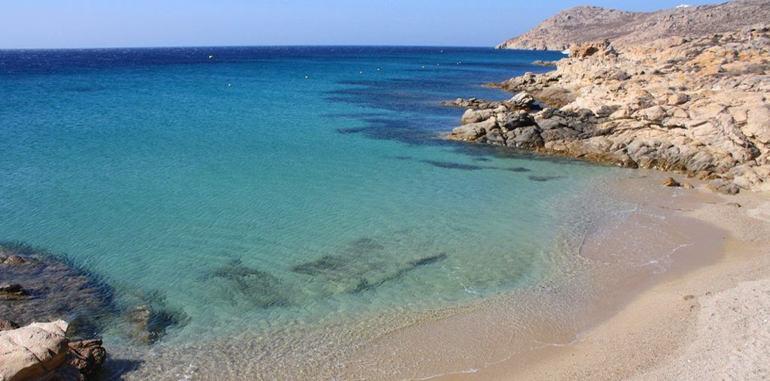 mykonos-beach-kapari