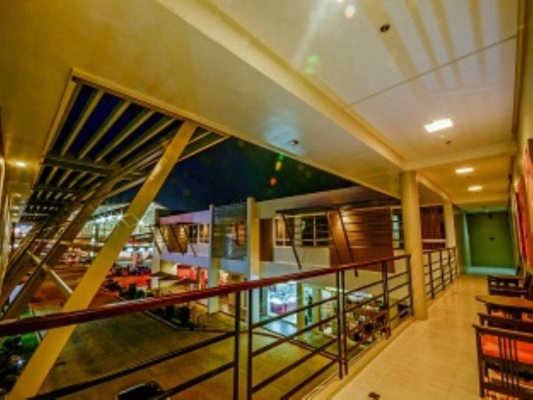 More Hotels in Palawan